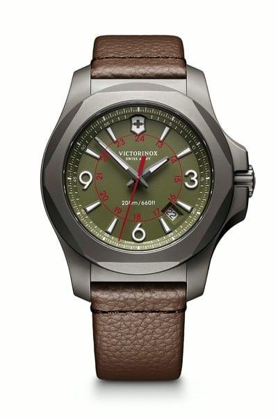 Victorinox 241779 I.N.O.X. Titanium hodinky 3