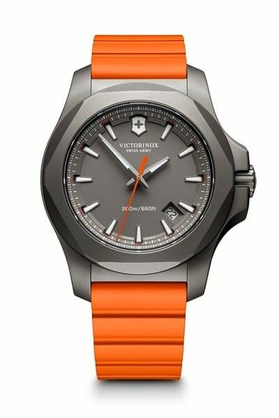 Victorinox 241758 I.N.O.X. Titanium hodinky 3