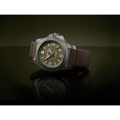 Victorinox 241779 I.N.O.X. Titanium hodinky 10