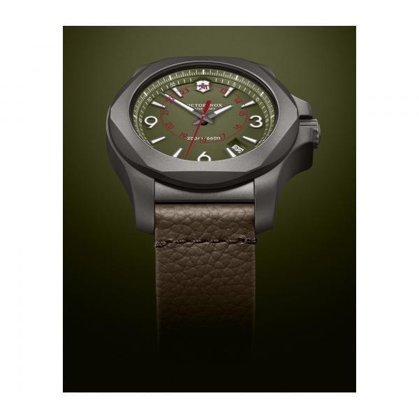 Victorinox 241779 I.N.O.X. Titanium hodinky 4