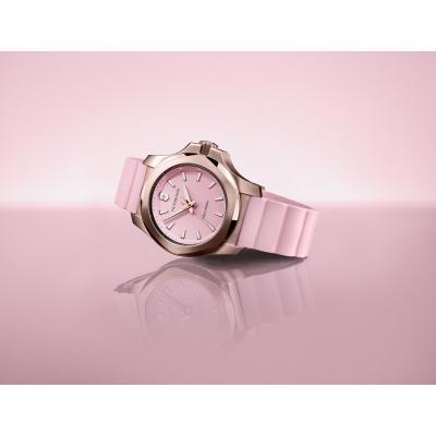 Victorinox 241807 I.N.O.X. V hodinky 10
