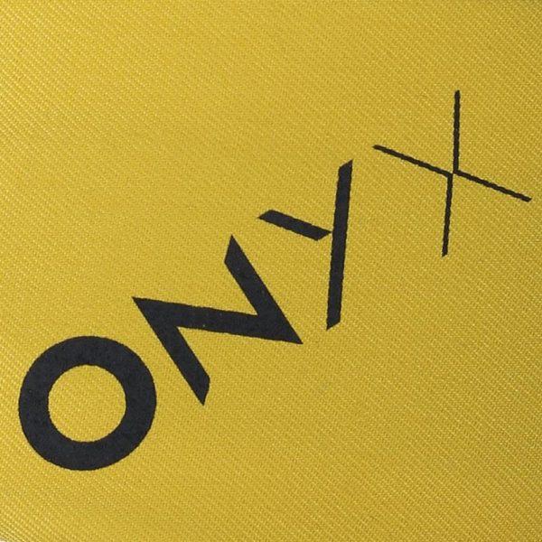 ONYX 8